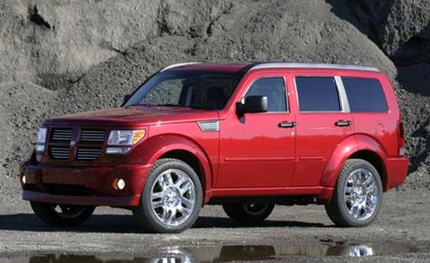 2007 Dodge Nitro R/T - Slide 2