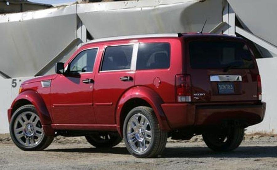 2007 Dodge Nitro R/T - Slide 4