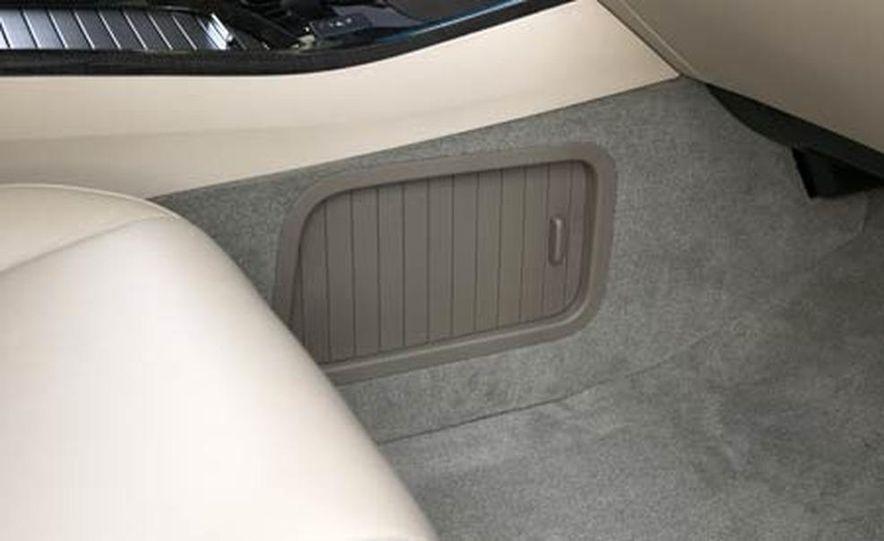 2007 Acura MDX instrument cluster and steering wheel - Slide 92