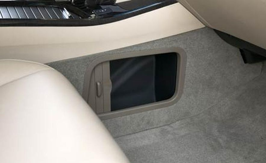 2007 Acura MDX instrument cluster and steering wheel - Slide 93