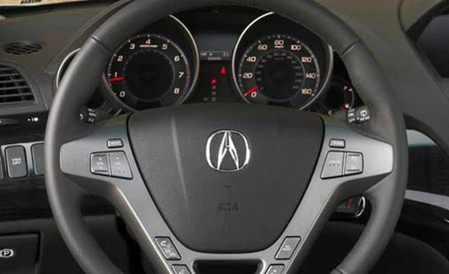 2007 Acura MDX instrument cluster and steering wheel - Slide 1