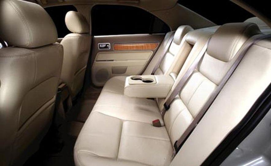 2007 Lincoln MKZ - Slide 14