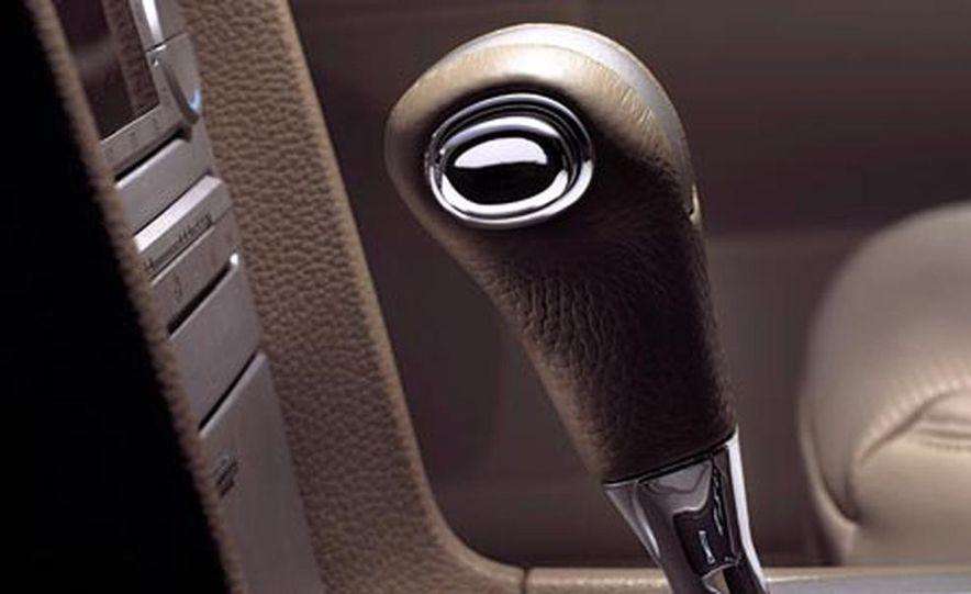 2007 Lincoln MKZ - Slide 15