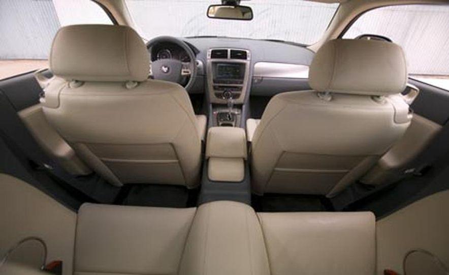 2007 Jaguar XKR - Slide 10