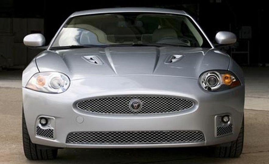 2007 Jaguar XKR - Slide 4