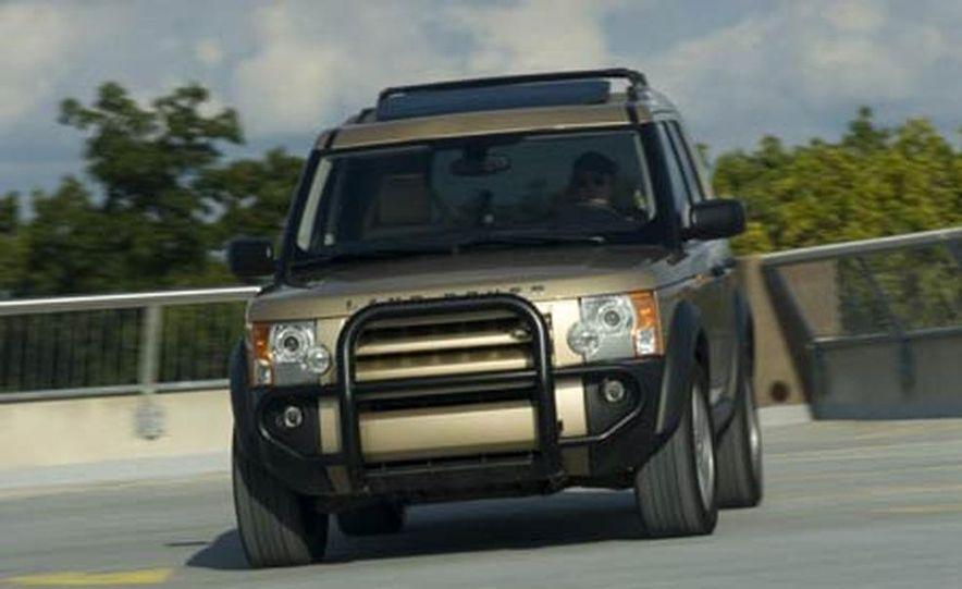 Land Rover LR3 HSE - Slide 1