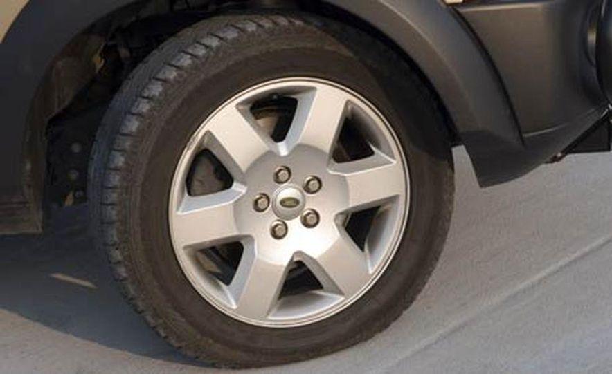 Land Rover LR3 HSE - Slide 21