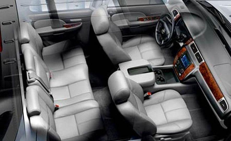 2007 Chevrolet Avalanche - Slide 10