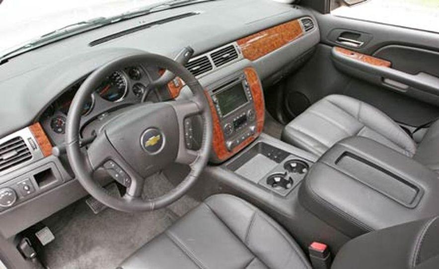 2007 Chevrolet Avalanche - Slide 15