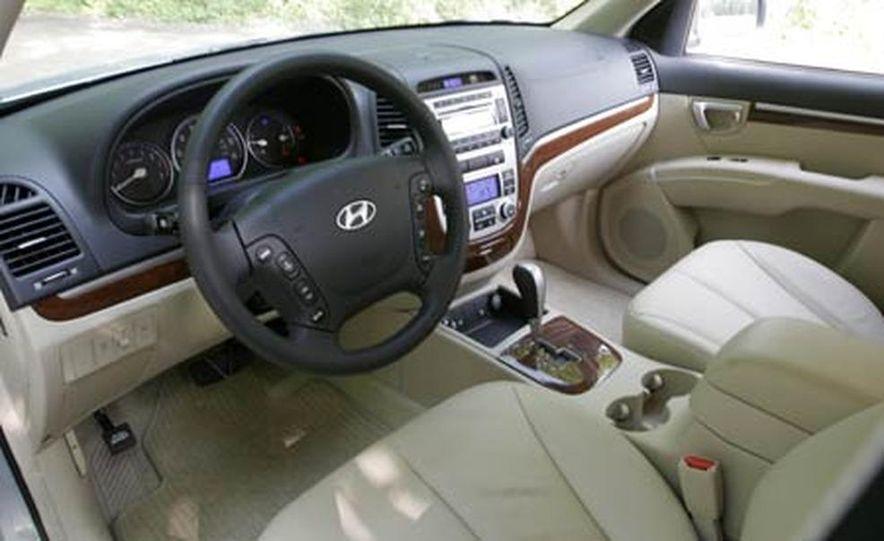 2007 Hyundai Santa Fe Limited - Slide 14