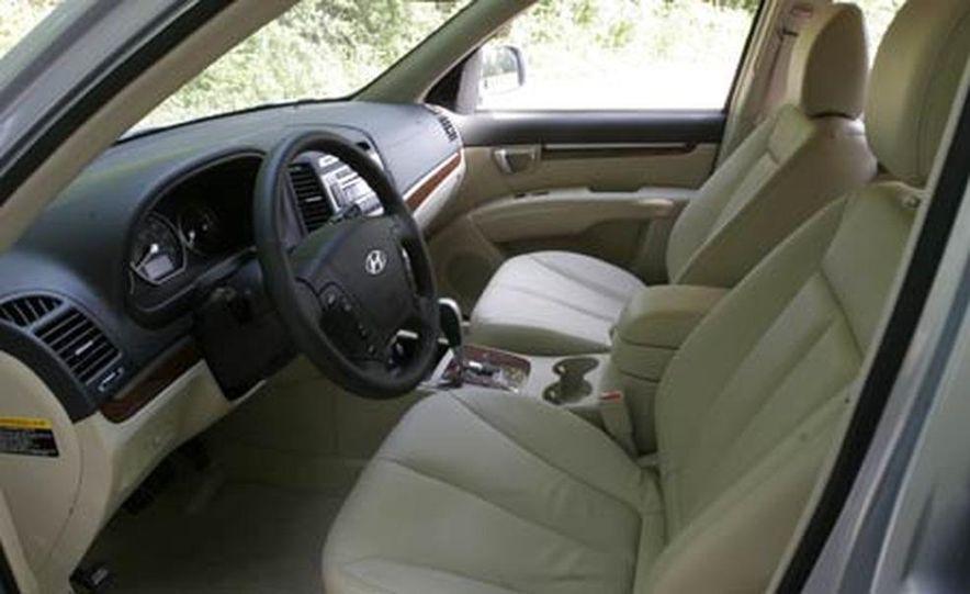 2007 Hyundai Santa Fe Limited - Slide 17