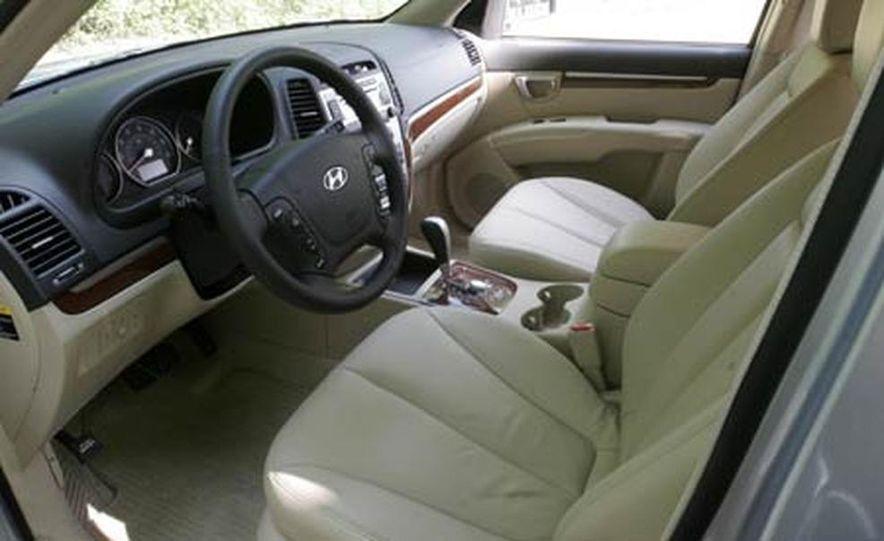 2007 Hyundai Santa Fe Limited - Slide 18