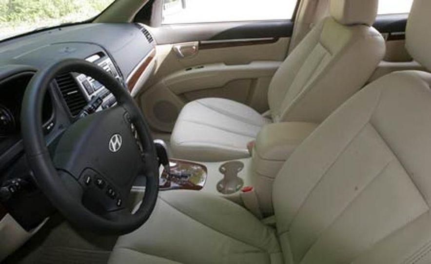 2007 Hyundai Santa Fe Limited - Slide 22