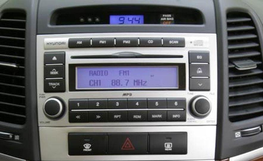 2007 Hyundai Santa Fe Limited - Slide 29