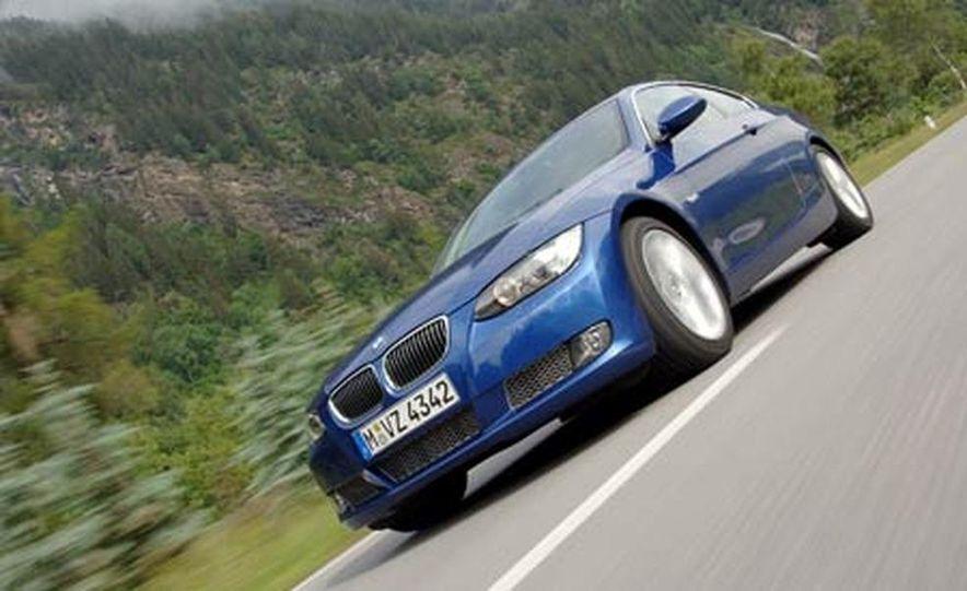 2007 BMW 335i - Slide 40