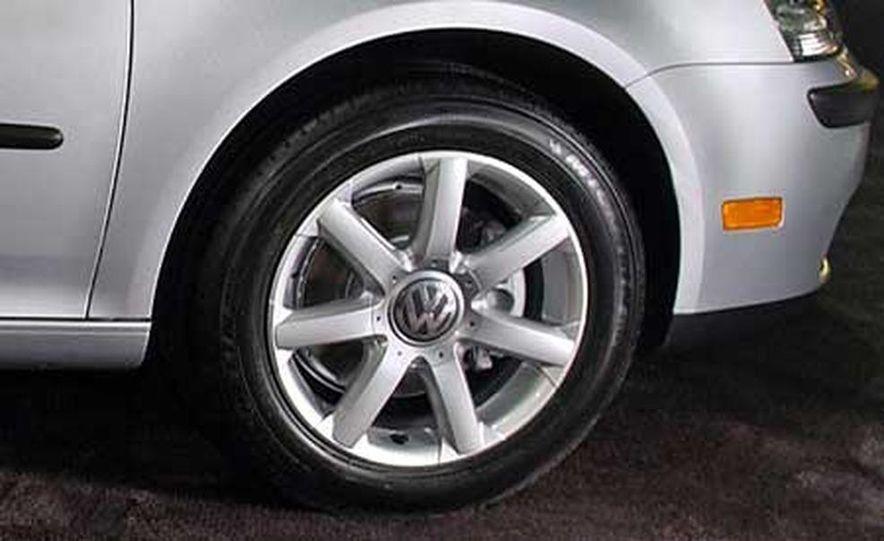 2006 Volkswagen Rabbit - Slide 15