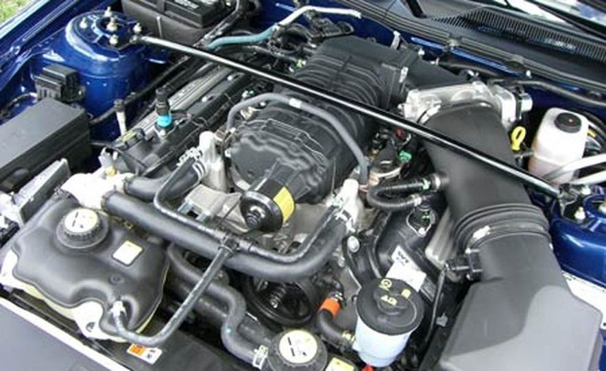 2007 Ford Mustang Shelby GT500 convertible - Slide 27
