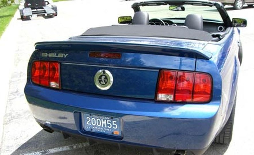 2007 Ford Mustang Shelby GT500 convertible - Slide 8