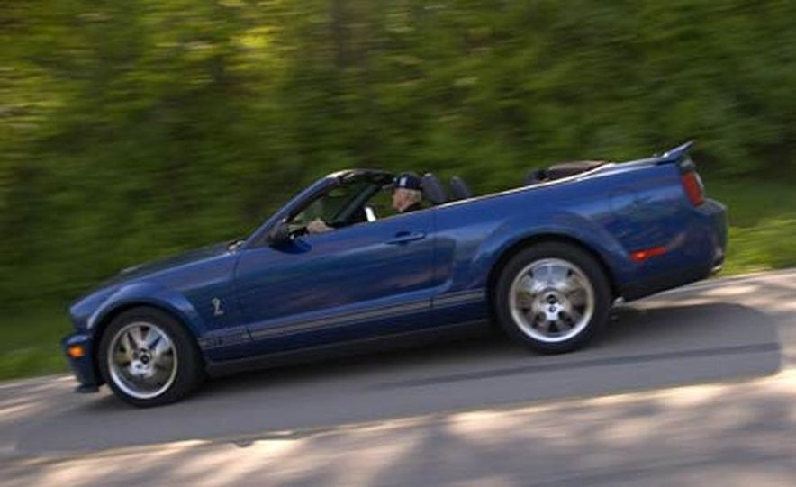 2007 Ford Mustang Shelby GT500 convertible - Slide 17
