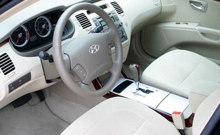 2006 Hyundai Azera - Slide 22