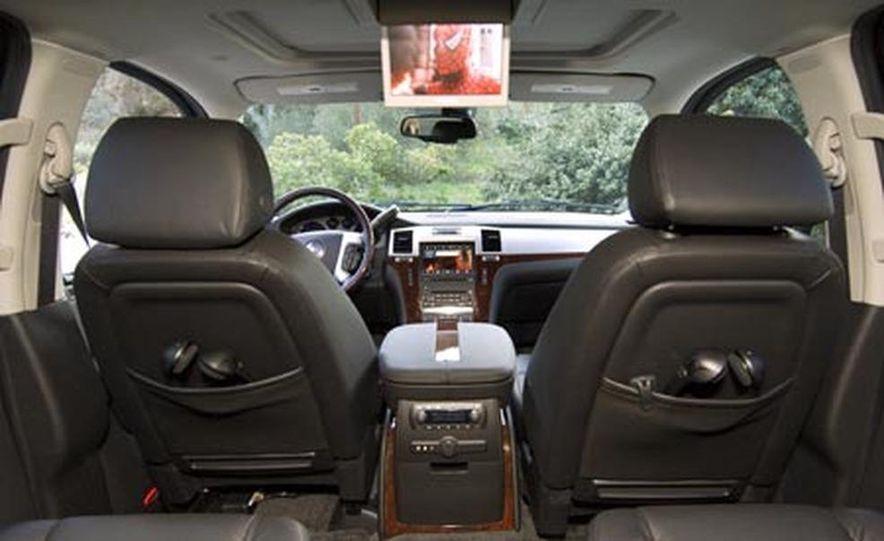 2007 Cadillac Escalade - Slide 8