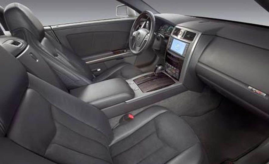 Cadillac XLR-V - Slide 26
