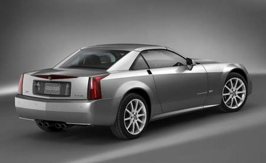 Cadillac XLR-V - Slide 23