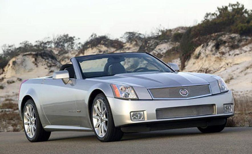 Cadillac XLR-V - Slide 1