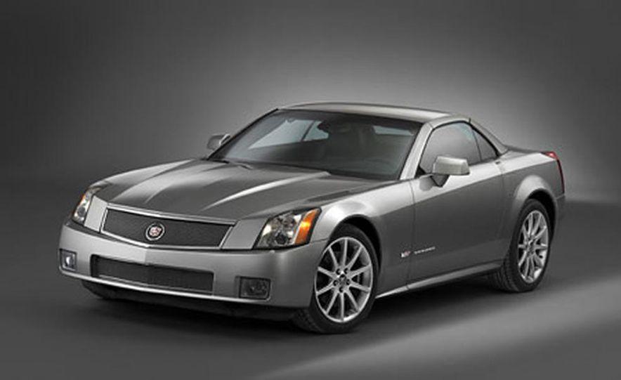 Cadillac XLR-V - Slide 3