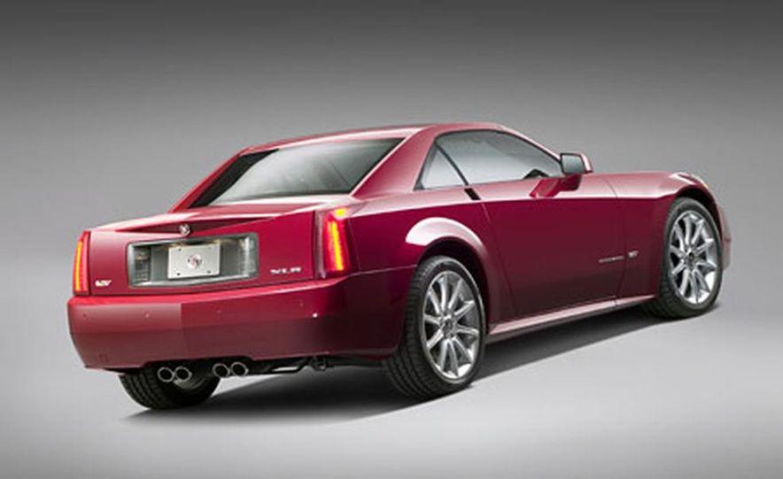 Cadillac XLR-V - Slide 5