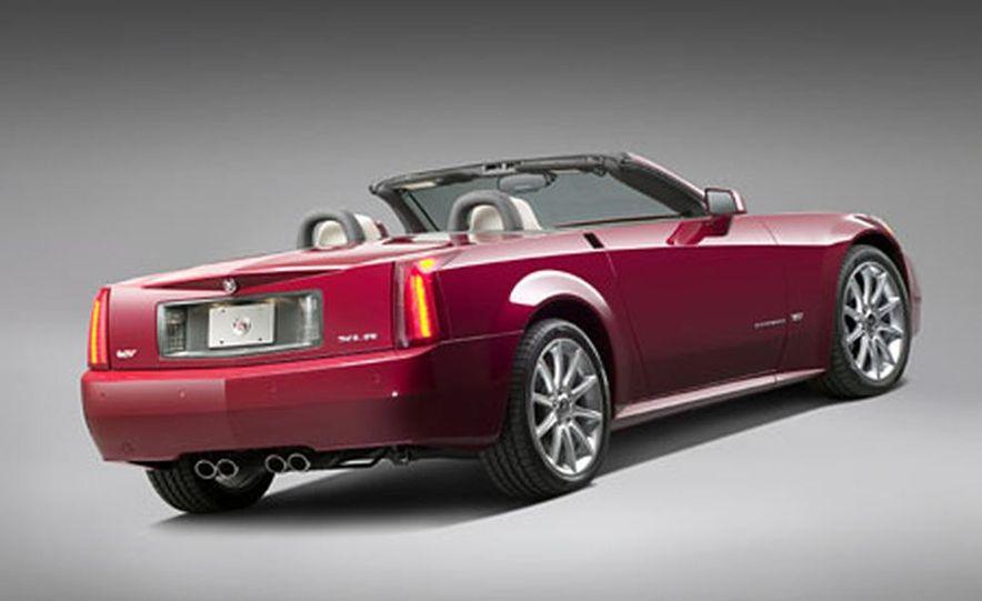 Cadillac XLR-V - Slide 6