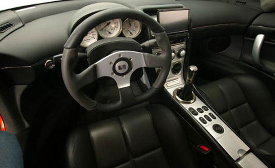 Saleen S7 Twin Turbo - Slide 11
