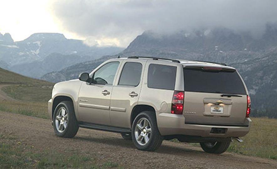 2007 Chevrolet Tahoe - Slide 1