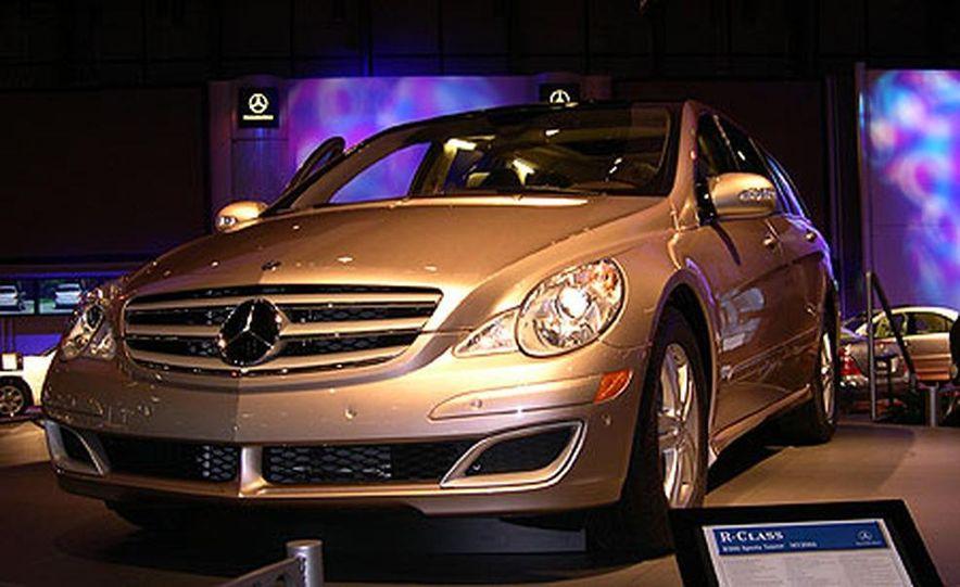 Mercedes-Benz R-Class - Slide 5