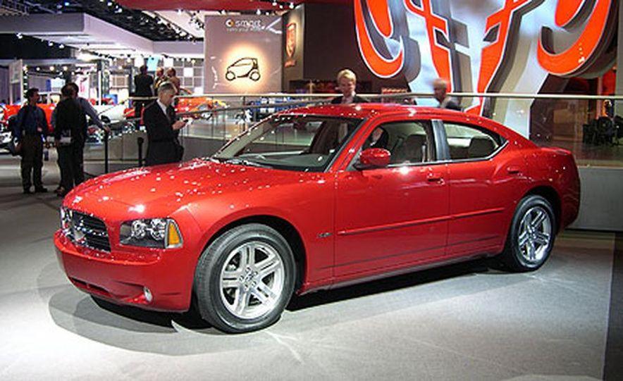 Dodge Charger - Slide 1