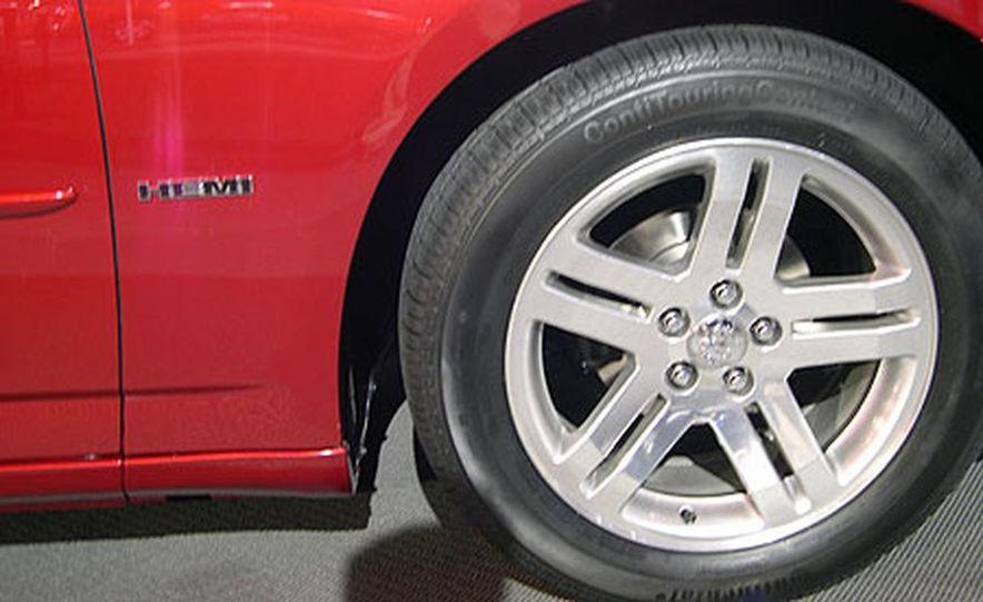 Dodge Charger - Slide 16