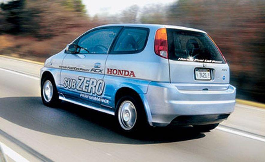 Honda FCX - Slide 1