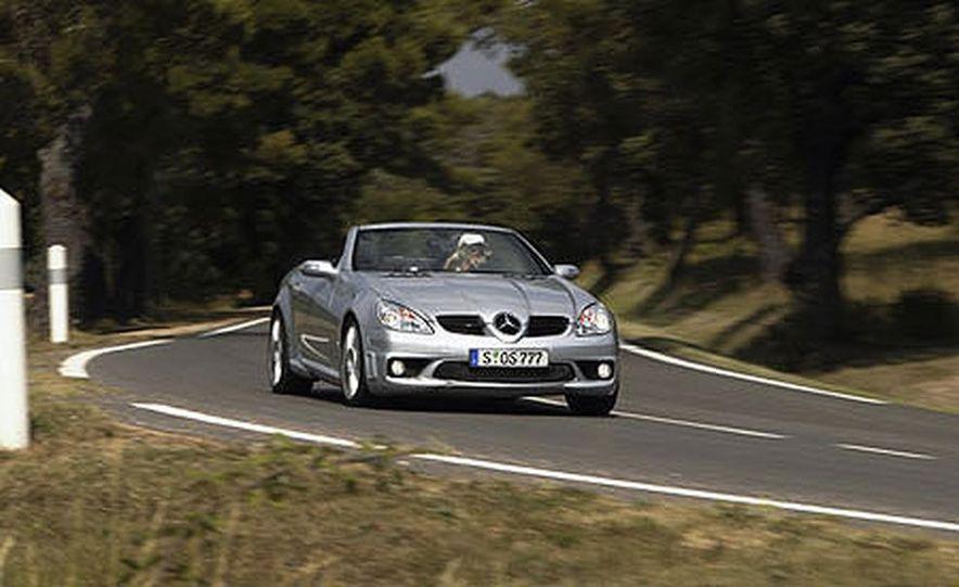 Mercedes-Benz SLK55 AMG - Slide 1