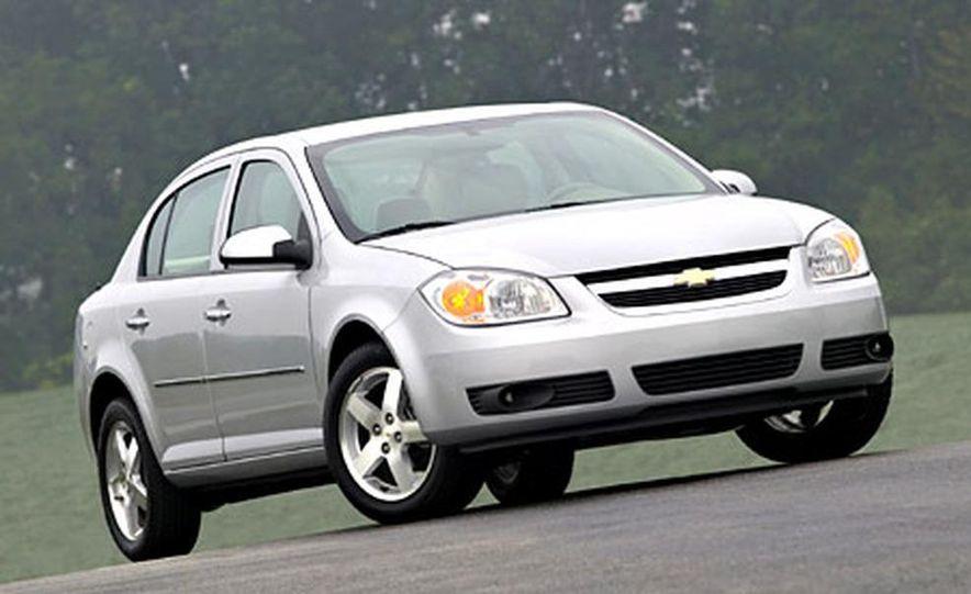 Chevrolet Cobalt LS - Slide 2