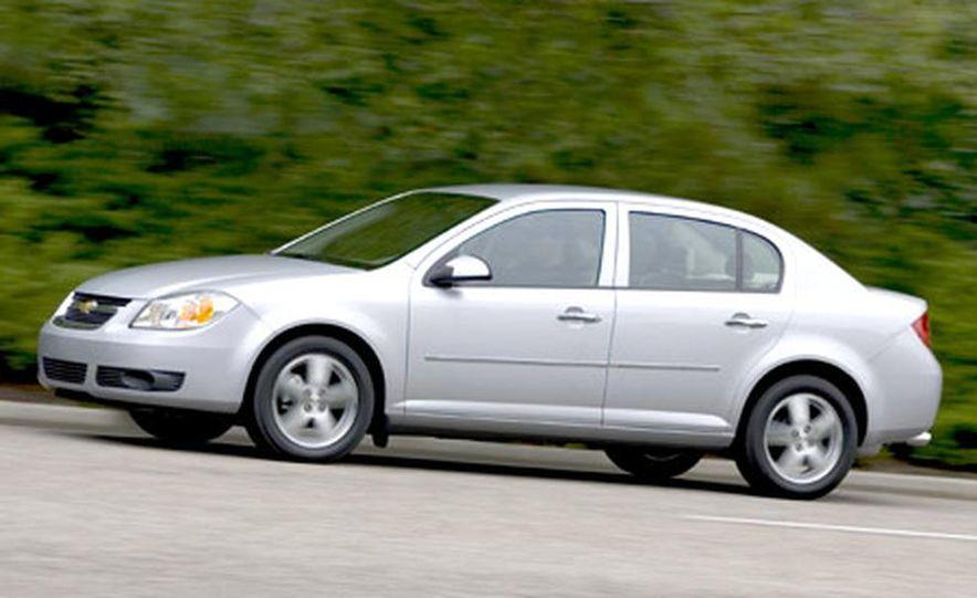 Chevrolet Cobalt LS - Slide 3