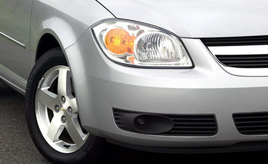 Chevrolet Cobalt LS - Slide 4