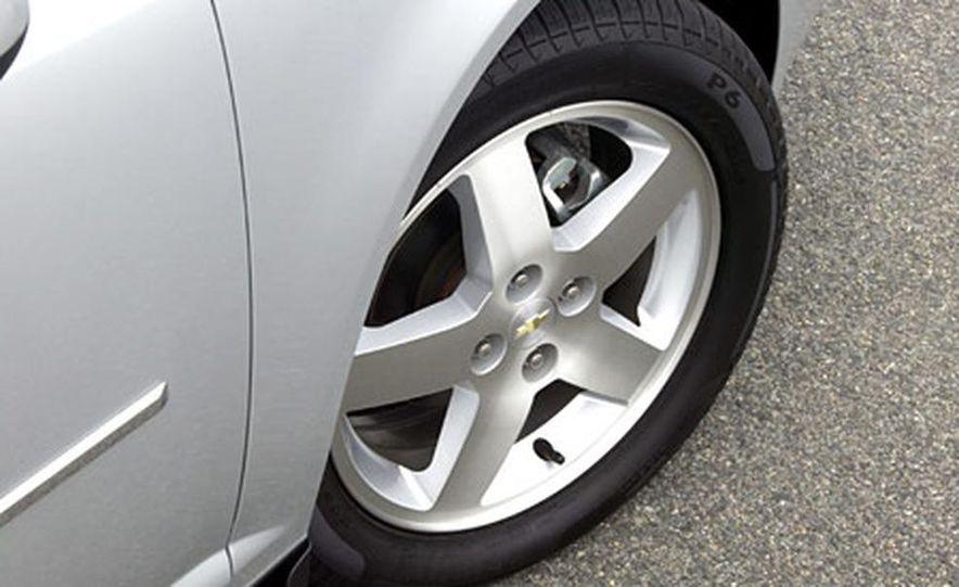 Chevrolet Cobalt LS - Slide 5