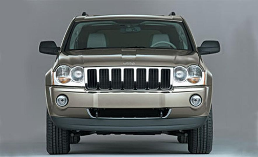 Jeep Grand Cherokee Limited 4WD 5.7L - Slide 1