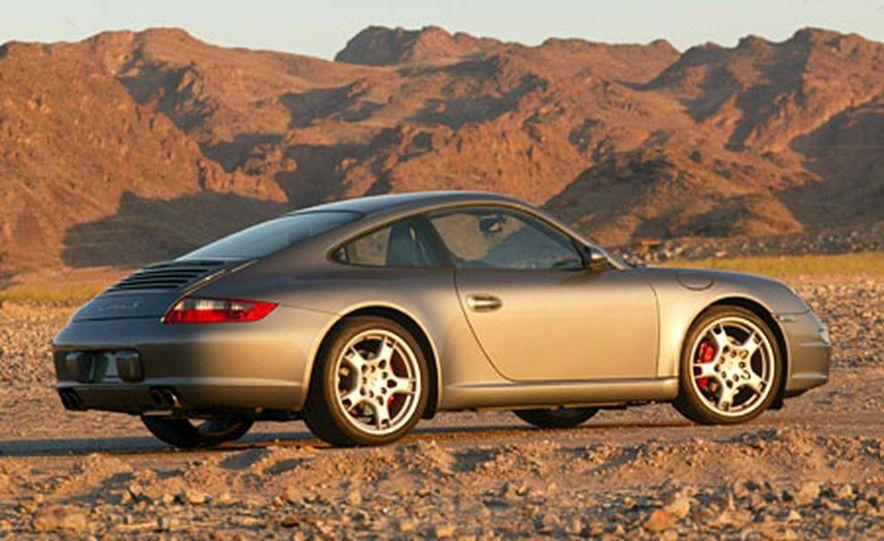 Porsche 911 Carrera S - Slide 7