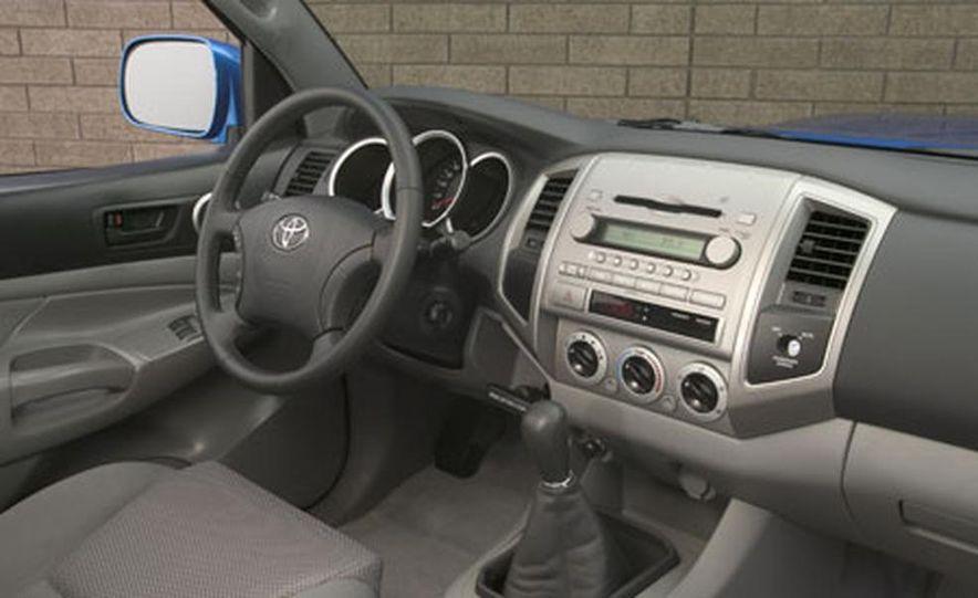 Toyota Tacoma - Slide 4