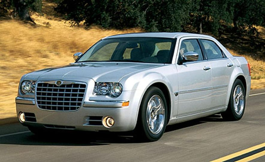 2007 Chrysler 300C Touring AWD - Slide 12