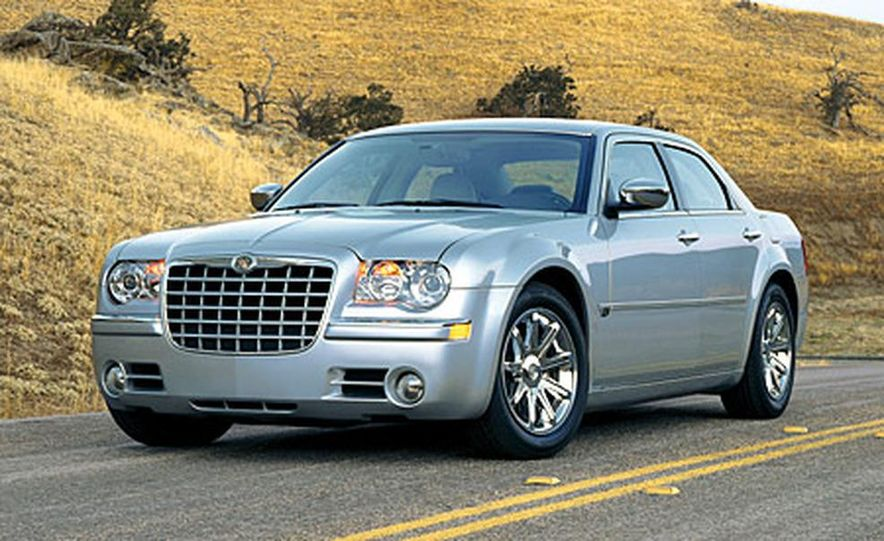 2007 Chrysler 300C Touring AWD - Slide 13