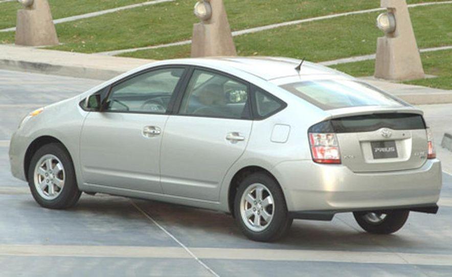 Toyota Prius - Slide 2