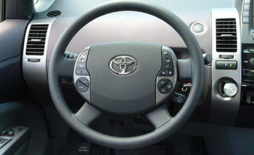 Toyota Prius - Slide 8