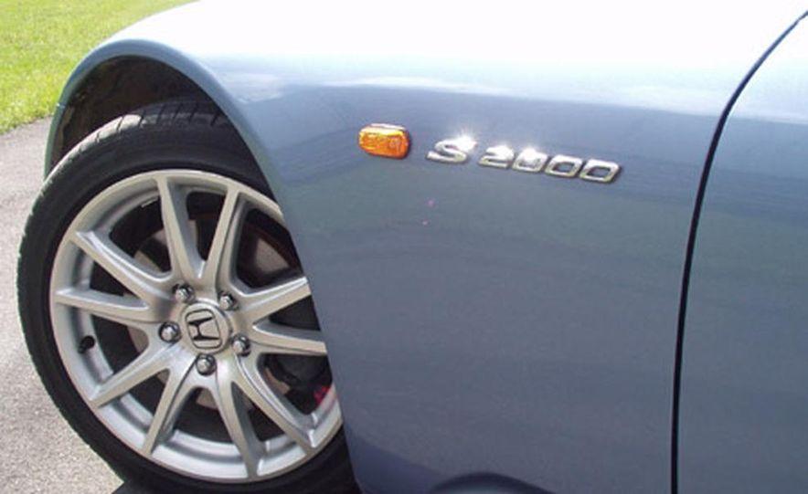Honda S2000 - Slide 2